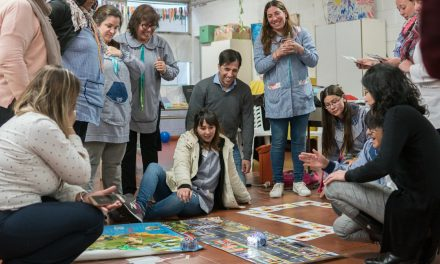 <span style='color:#020c7e;font-size:15px;'>El primer paso fue capacitar a los docentes</span></br>Robótica para Jardines de Infantes en General Viamonte
