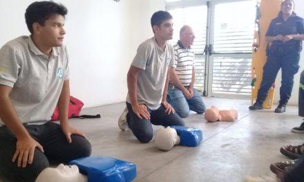 <span style='color:#020c7e;font-size:15px;'>Capacitación en Resucitación Cardiopulmonar</span></br>Pergamino: «Manos que puedan salvar una vida»
