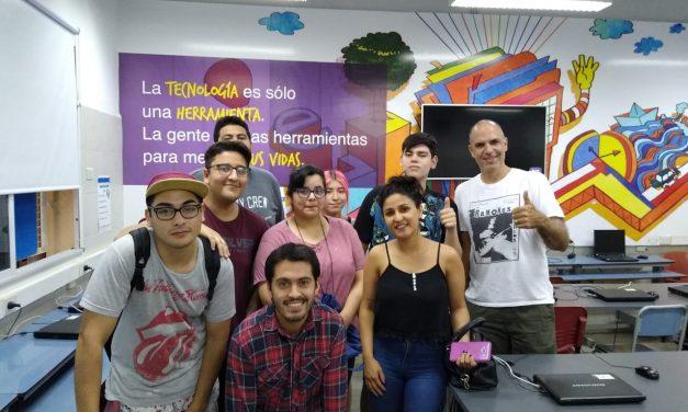 <span style='color:#020c7e;font-size:15px;'>Capacitaciones gratuitas para jóvenes</span></br>Oficios para la alta demanda en la industria digital