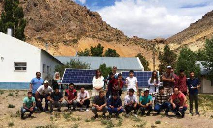 <span style='color:#020c7e;font-size:15px;'>Establecimiento Nro. 7706, de Piedra Parada</span></br>Paneles solares en una escuela rural de Chubut