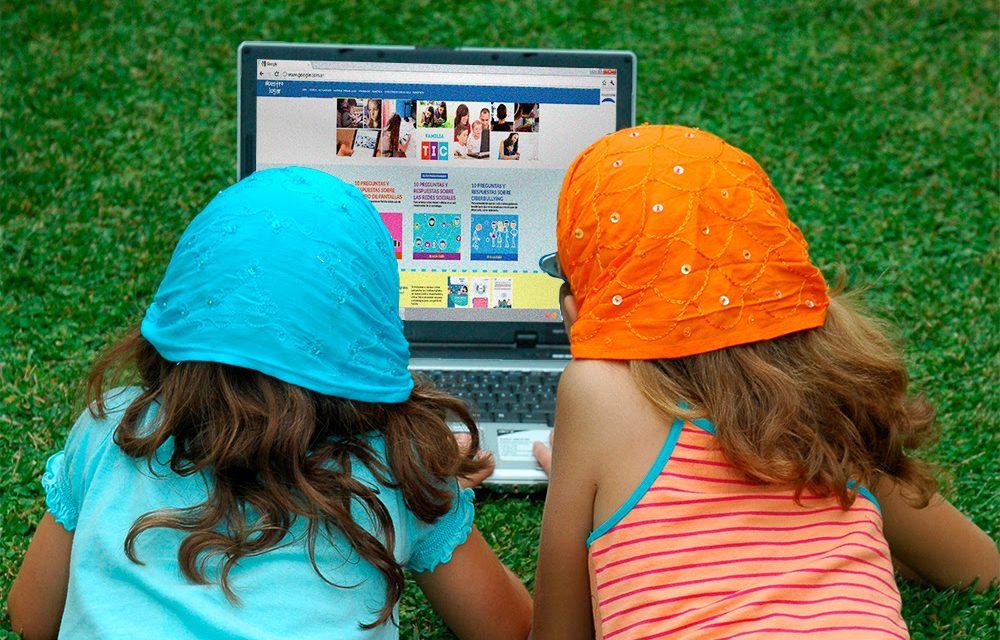 <span style='display:inline-block;line-height:1rem;color:#1B849E;font-size:15px;'>Aprendizaje para chicos en talleres de verano</span></br><span style='color:#333333;font-size:22px;'>Uso positivo y creativo de la tecnología</span>