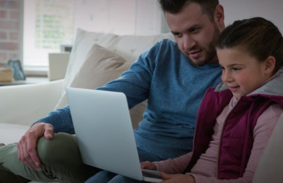 <span style='color:#020c7e;font-size:15px;'>Los martes de junio, en formato online y gratuitos</span></br>Talleres para compartir la tecnología en familia