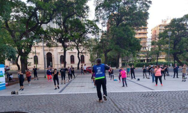<span style='color:#020c7e;font-size:15px;'>Actividad física al aire libre</span></br>«Plazas Saludables» en la ciudad de Tucumán